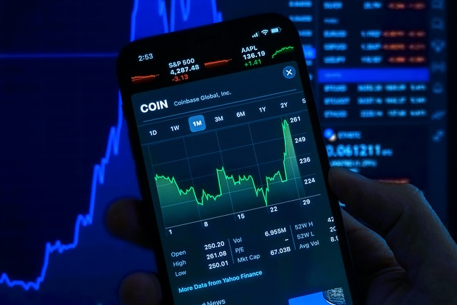 plateforme-echange-cryptomonnaie-coinbase-binance